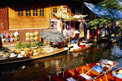 Auf den thailändischen Märkten finden Touristen das wichtigste Bild: © Brand X Pictures/Stockbyte/Thinkstock
