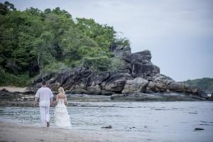 romantischer spaziergang thailand strand